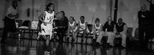 Alana Jones Pacing The Lady Cats