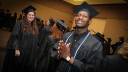 dec-2016-graduation-33-of-113