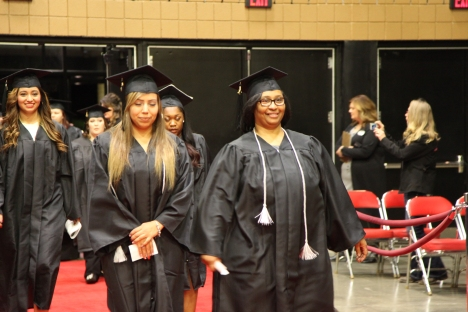 dec-2016-graduation-56-of-113